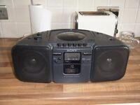 SONY RADIO/CD/CASSETTE PLAYER