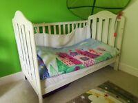 Mamas &Papas cot bed