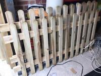 Picket fence panels x 6