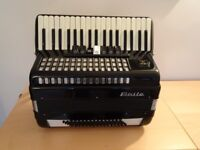 Baile 80 Bass Piano Accordion very good condition including Carrying case