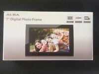 "7"" Digital Photo Frame"