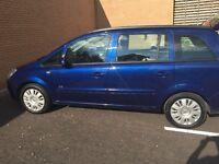 Blue manual Vauxhall Zafira ,7 sets ,5 doors