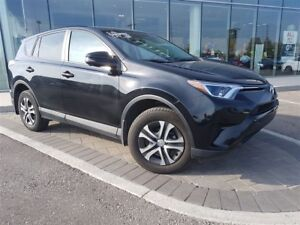 2016 Toyota RAV4 LE - AWD, BLUETOOTH, STABILITY CONTROL AND MORE