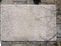 Shaggy rug 120cm x 170 cm