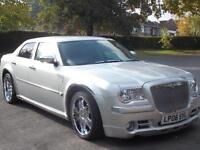 beautiful limousine chauffer hire for all occations, airport, nights out hire from £100 per day