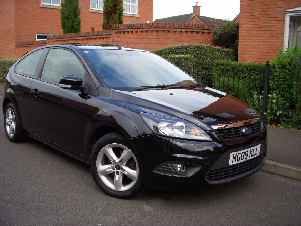 2009 09 ford focus zetec 16 3 door in black only 50000 miles from new full - Ford Focus 2009 Black