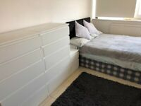 Large Double Room with lots of Wardrobes and Drawers
