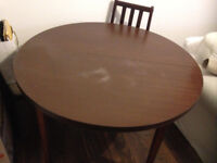 round dining table extension with 4 chairs