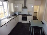 Large double room in shared house
