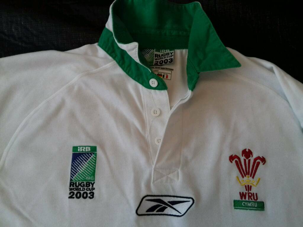 Large Retro Wales Green and White 2003 World Cup Reebok Long Sleeved Rugby Shirt .