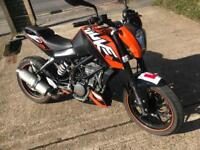 KTM DUKE 125 2015 IMMACULATE ROAD LEGAL MOTORBIKE MOTORCYCLE COMMUTER RELIABLE 125CC SERVICED CASH!!