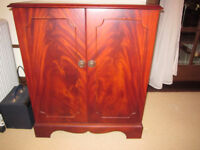 Sanyo stereo sound system in Dynatron mahogany cabinet with Dynatron speakerss