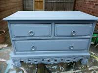 Small chest drawers