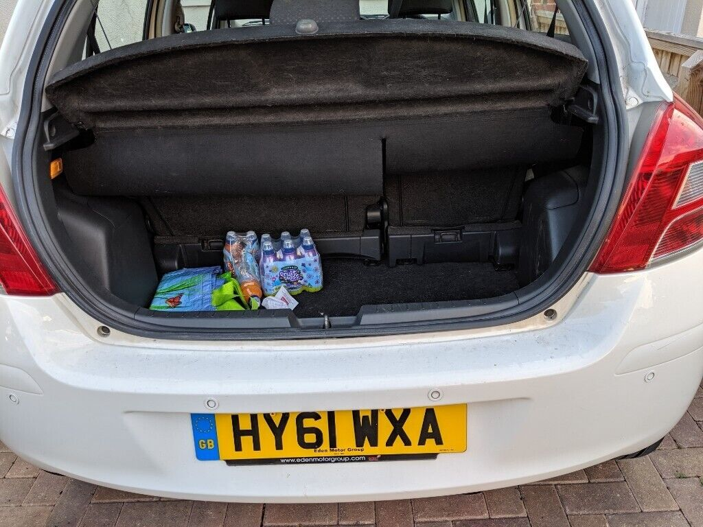 Toyota Yaris, 2011, long mot June 2020, clean car inside out, £3200 NON |  in Oxford, Oxfordshire | Gumtree