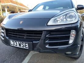 image for Porsche, CAYENNE, Estate, 2010, Semi-Auto, 2967 (cc), 5 doors