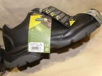 Wide Fit Black Leather Steel Toe Cap Work Shoes - Size 8