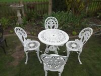 CAST ALUMINIUM GARDEN / PATIO SET -- TABLE AND 4 CHAIRS -- WHITE --