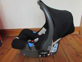 Britax Baby-Safe Infant Carrier Car Seat black