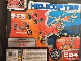 Metal Tech Helicopter 204 pieces