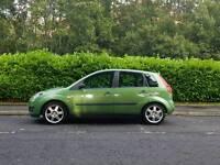 Ford Fiesta Zetec. 2006. Long mot. Just like, Corsa, Polo, Clio.
