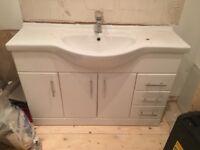 Bathroom sink cabinet unit