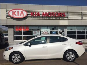 2016 Kia Forte 1 OWNER, LOW, LOW KMS! ONLY $48* WEEKLY!