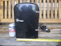 Mini Travel Camper Caravan FRIDGE Cooler box Coolerbox Mains and 12V powered 4L takes 6 cans
