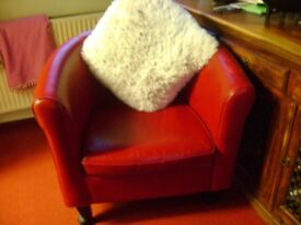 LARGE REAL LEATHER TUB CHAIR red
