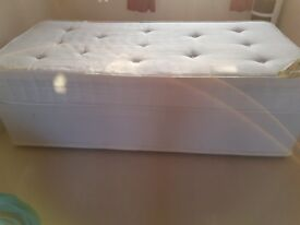 Deluxe Bed Single Divan Orthopaedic Mattress