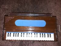 As new Harmonium Indian Style 5 stoppers 3 and half Octave with bag