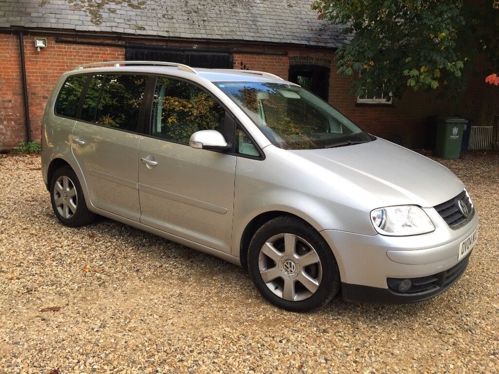 vw touran 2004 04 silver tdi sport mot util sept 2017 full service history 5seats diesel. Black Bedroom Furniture Sets. Home Design Ideas