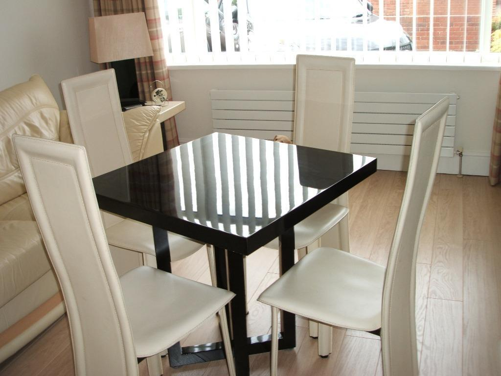 Modern kitchen table 4 leather chairs in north shields for Leather kitchen table chairs
