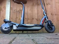 Razor Electric Scooter Power Core E100 with seat (Black and Red)