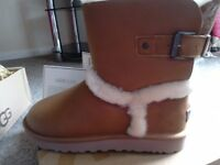 UGG BOOTS GENUINE BNWB SIZE 8.5 reduced cost £160