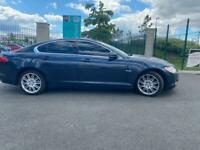 2011 Jaguar XF Luxury 3.0 V6 TDI well maintained, not to be missed. Amazing car well look after