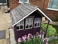 Kids play house/ Wendy house