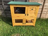 *BRAND NEW, NEVER USED* small rabbit/Guinea pig wooden hutch