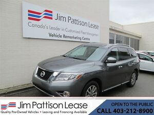 2016 Nissan Pathfinder 3.5L 4X4 SV Leather 7 Pass w/Bluetooth