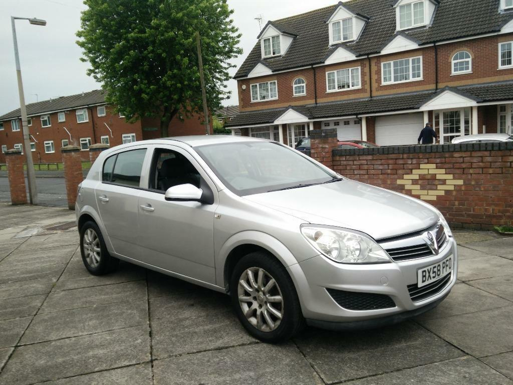 vauxhall astra 1 7 cdti 58 1 owner full service history. Black Bedroom Furniture Sets. Home Design Ideas
