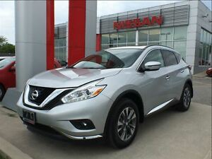 2017 Nissan Murano SV AWD, navigation, pano roof, Bluetooth