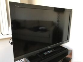 """SONY 46"""" HD TV with Freeview"""