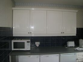 4 bed GARDEN flat, with LOUNGE, private landlord with great reputation!!