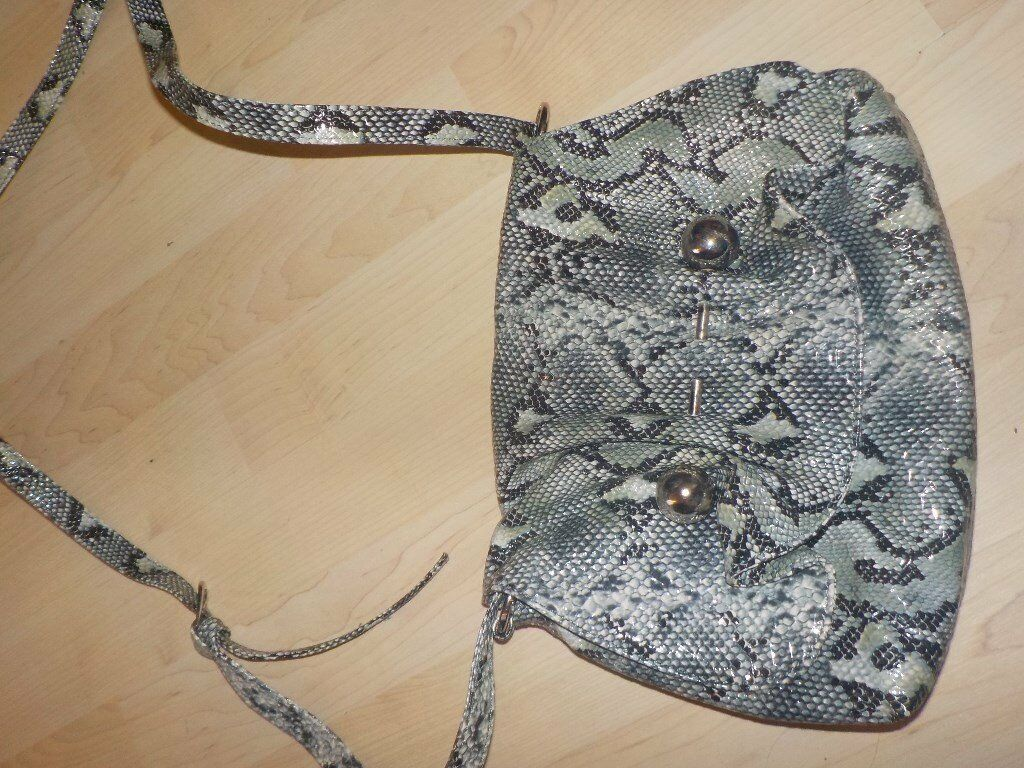 Gracie Mae Ladies Hand Bag with Purse attached inside - Don't think it's been used - Collect PE27