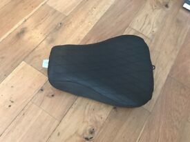 Solo seat for sporster 883