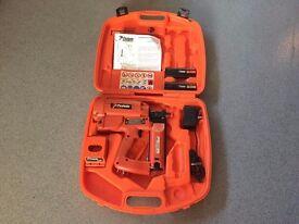 Paslode Im250 / 65 F16 2nd Fix Nail Gun (Boxed Set)