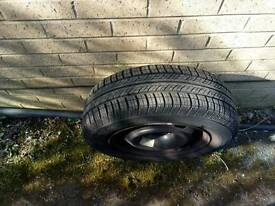 Car tyre with rim