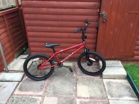 Mongoose Legion L20 BMX Bike (Brand new condition)