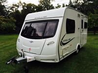 Lunar Stellar 2012, 2 berth. Immaculate condition, great layout. Includes motor mover.