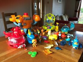 Octanauts toys including Octopod, characrters and various other Gup's