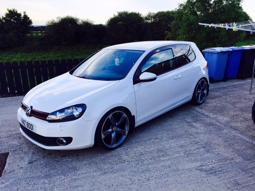 2011 Vw Golf 3 Door White 1 6tdi In Magherafelt